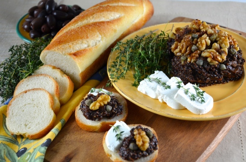 Fig and Olive Tapenade with Walnuts and Goat Cheese
