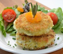 Apricot, Rosemary Goat Cheese Cakes