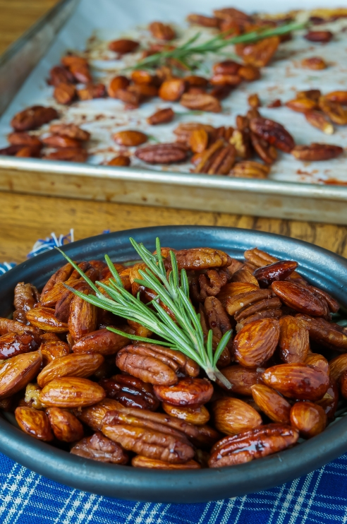 Bourbon Rosemary Honey Nut Mix