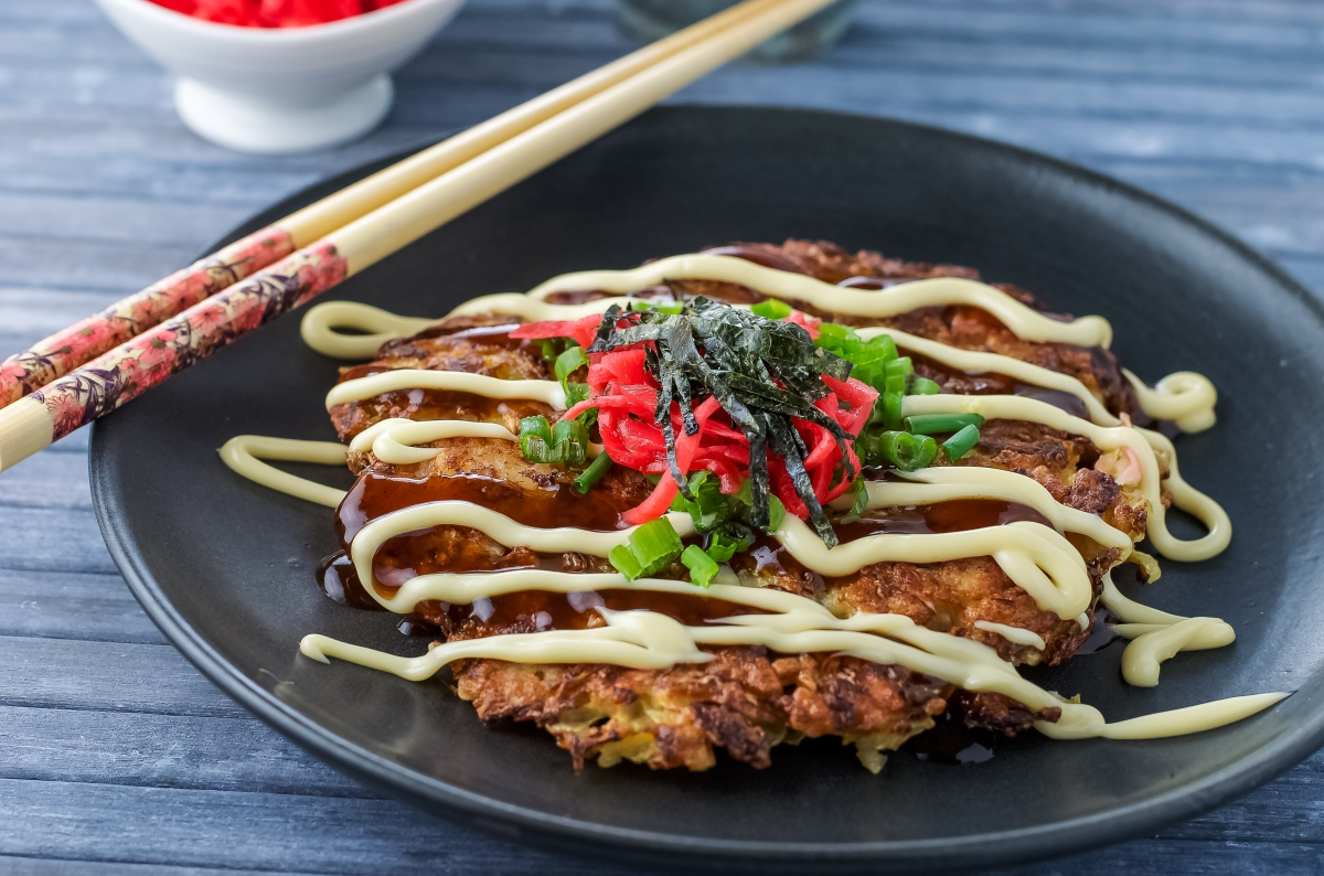 Okonomiyaki and book nod for rice noodle fish foodie for Rice noodle fish